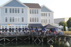 Where to Dine at Marina Bay Quincy Captain Fishbones