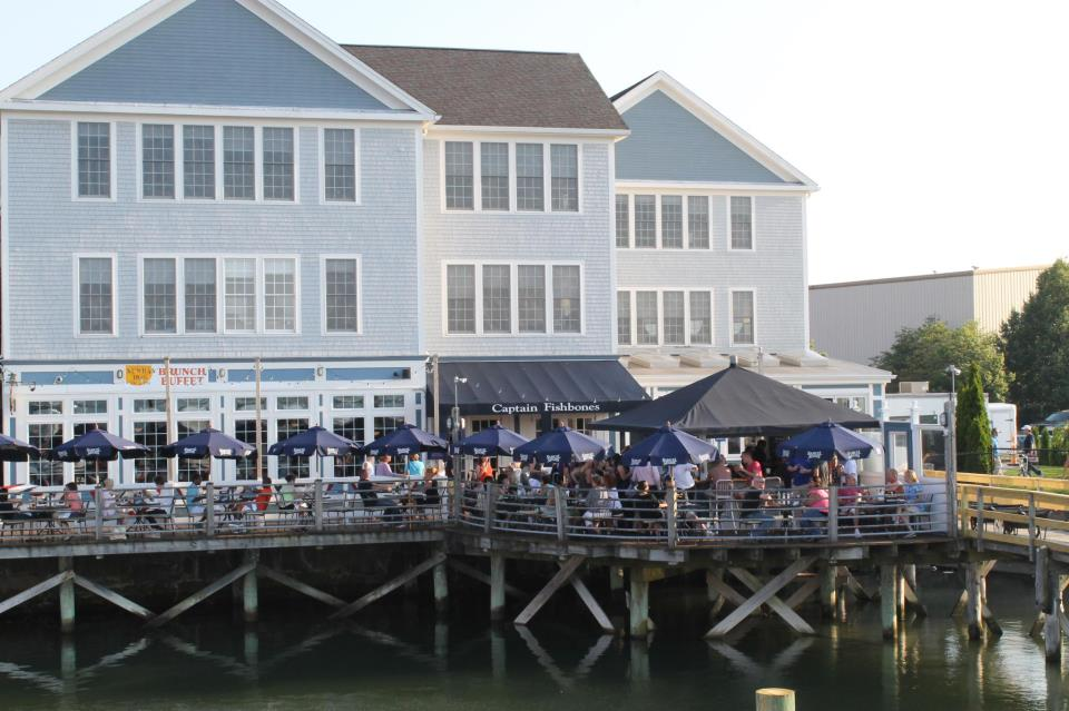 Where to Dine at Marina Bay Quincy Captain Fishbones | Hockomock Swamp Supper Club & Desserts ...